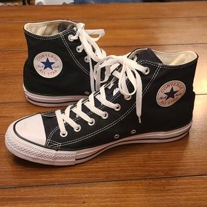 Converse mens size 11 black and white High tops